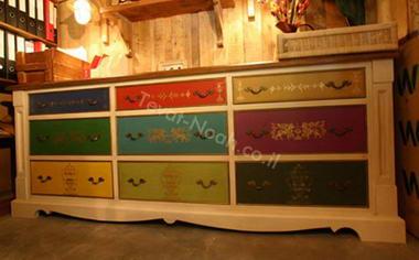 תיבת נח - עיצוב רהיטים מעץ מלא 1