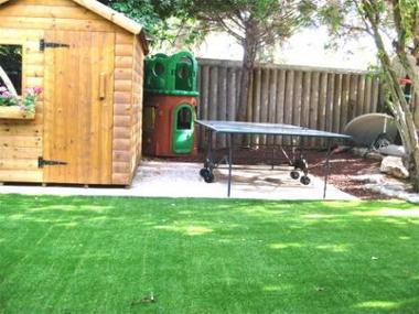 רק ירוק – דשא סינטטי 12