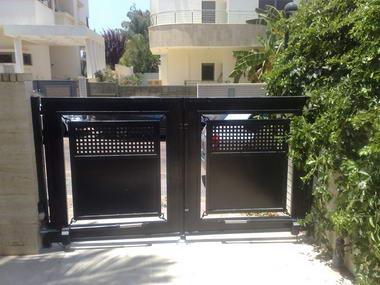 עזרא שערים חשמליים 2