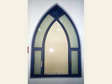 מ.ח אלומיניום וחלונות 3