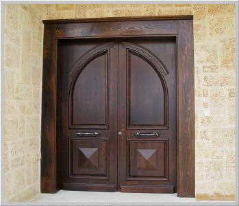 עץ ירוק - דלתות 18