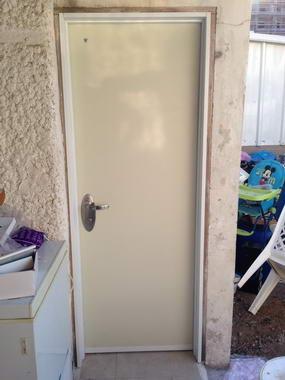 עידן דלתות 8