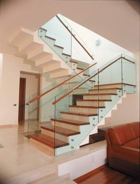 שרון מעקות ומדרגות 7