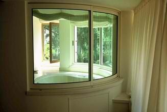 רויאל - חלונות עץ אלומיניום 13