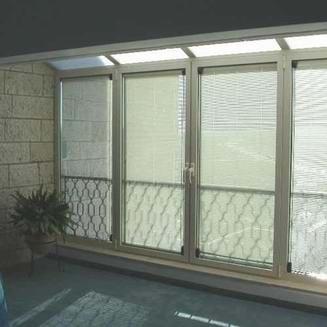 רויאל - חלונות עץ אלומיניום 2