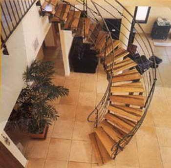 קו נבון - מדרגות עץ ומתכת 1