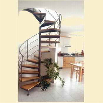 קו נבון - מדרגות עץ ומתכת 12