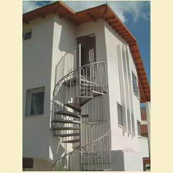 קו נבון - מדרגות עץ ומתכת 18