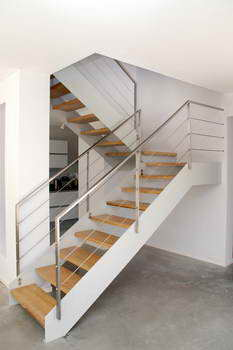 קו נבון - מדרגות עץ ומתכת 20