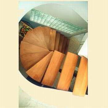 קו נבון - מדרגות עץ ומתכת 8