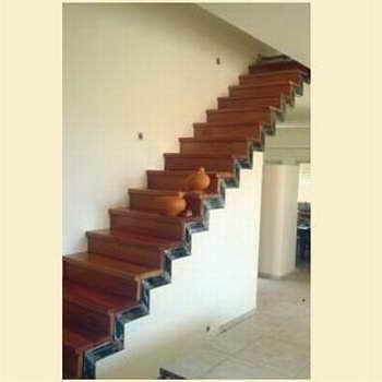 קו נבון - מדרגות עץ ומתכת 9