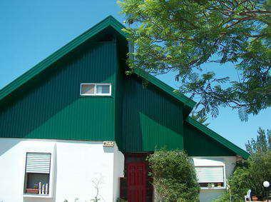 זמיר על הגג-גגות,פרגולות,עבודות עץ 10