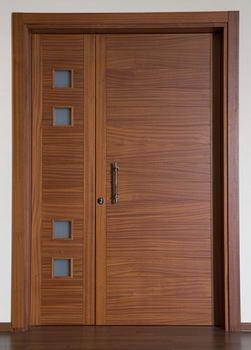 Open Gallery - דלתות 4