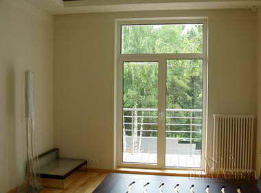 EuroStyle - חלונות ודלתות PVC 1