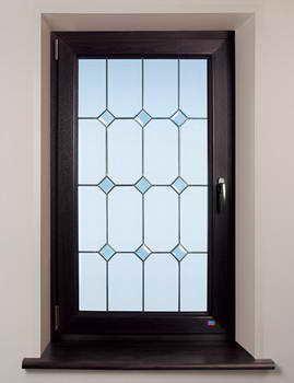 EuroStyle - חלונות ודלתות PVC 20