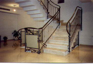 סולם יעקב - מעקות ומדרגות 15