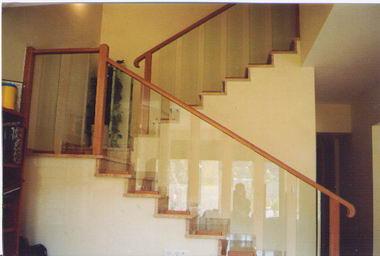 סולם יעקב - מעקות ומדרגות 16