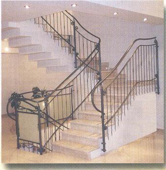 סולם יעקב - מעקות ומדרגות 17