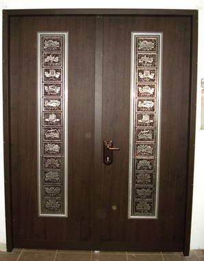 עכביש - דלתות פלדה מעוצבות 9