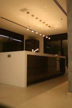 אבן פינה - מיכל וקסלר 15