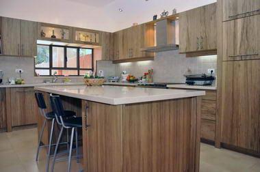 שונה-מטבחים מעץ מלא 3