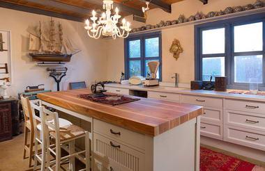 מוטי סעד - רהיטים מעץ מלא 11