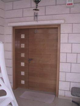 מערכות יוקרה - דלתות 17