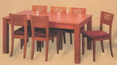 מרכז השולחן והכסא  1