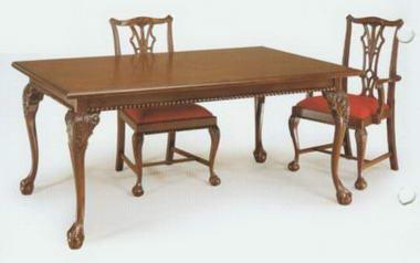 מרכז השולחן והכסא  10