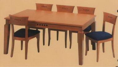 מרכז השולחן והכסא  3