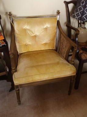 כסאות ועוד 11
