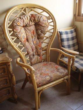 כסאות ועוד 12