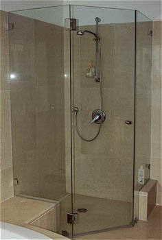 צימבליסט - מקלחונים, מראות 1