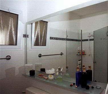 צימבליסט - מקלחונים, מראות 9
